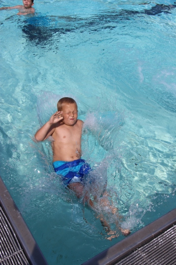 Splash Day, H.D. Buehler Memorial Bungalow Pool, Park, Tamaqua, 7-25-2015 (40)