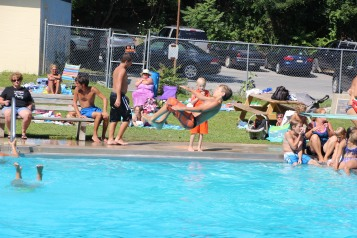 Splash Day, H.D. Buehler Memorial Bungalow Pool, Park, Tamaqua, 7-25-2015 (86)