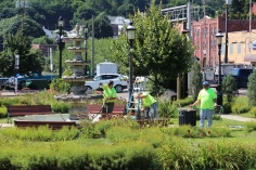Tamaqua Borough Crews Setting Up, Dear Tamaqua, Depot Square Park, Tamaqua, 8-3-2015 (14)