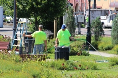 Tamaqua Borough Crews Setting Up, Dear Tamaqua, Depot Square Park, Tamaqua, 8-3-2015 (8)