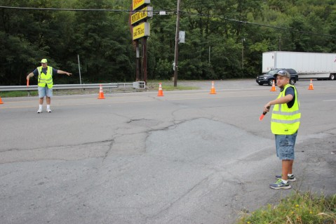 Water Main Leak Repair, 500 Block Pine St, Fire Police, SR309 North, Tamaqua, 8-6-2015 (93)