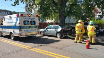 Woman Taken to Hospital After Rear Ending Parked Car, West Broad Street, Tamaqua, 8-21-2015 (7)