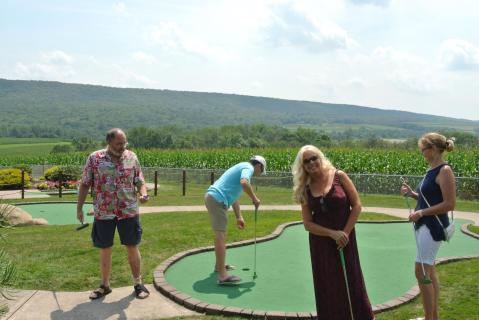 Zoo Crew Putt, Brew, 2015, from Ann Marie Calabrese (22)