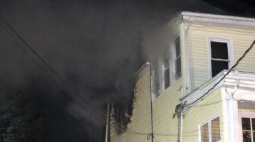 Apartment Building Fire, 210 Washington Street, Tamaqua, 9-9-2015 (20)