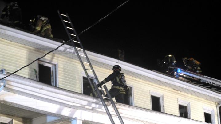 Apartment Building Fire, 210 Washington Street, Tamaqua, 9-9-2015 (74)