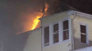 Apartment Building Fire, 210 Washington Street, Tamaqua, 9-9-2015 (80)