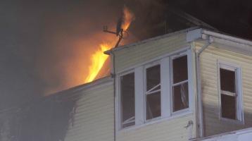 Apartment Building Fire, 210 Washington Street, Tamaqua, 9-9-2015 (80)