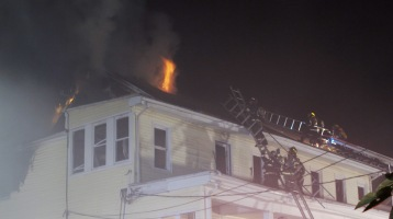 Apartment Building Fire, 210 Washington Street, Tamaqua, 9-9-2015 (82)