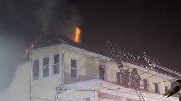 Apartment Building Fire, 210 Washington Street, Tamaqua, 9-9-2015 (82)