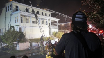 Apartment Building Fire, 210 Washington Street, Tamaqua, 9-9-2015 (96)