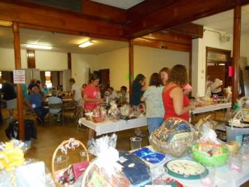 Basket Auction Social, Summit Hill Heritage Center, Summit Hill, 8-22-2015 (28)