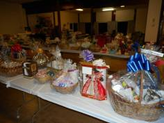 Basket Auction Social, Summit Hill Heritage Center, Summit Hill, 8-22-2015 (7)