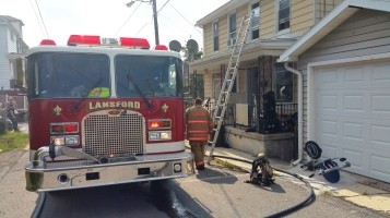House Fire, Smoke, West Water Street, Lansford, 9-1-2015 (13)