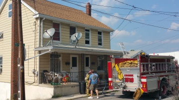 House Fire, Smoke, West Water Street, Lansford, 9-1-2015 (19)