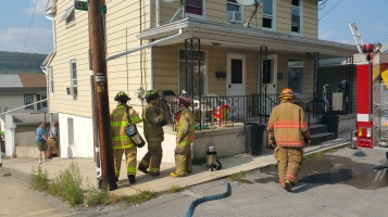 House Fire, Smoke, West Water Street, Lansford, 9-1-2015 (35)