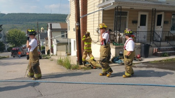 House Fire, Smoke, West Water Street, Lansford, 9-1-2015 (68)
