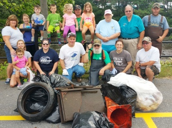 Little Schuylkill River Cleanup, next to Boyers Food Market, Tamaqua, 9-5-2015 (3)