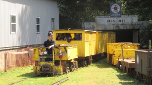 Old Fashioned Miner's Labor Day Picnic, No. 9 Coal Mine & Museum, Lansford, 9-6-2015 (26)