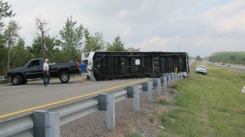 Overturned Camper, Pickup, Mile Marker 134, Delano exit, Southbound, Interstate 81, 9-4-2015 (14)