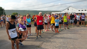 Run For The Ice Cream Charity Challenge 5K, Heisler's, 9-5-2015 (112)