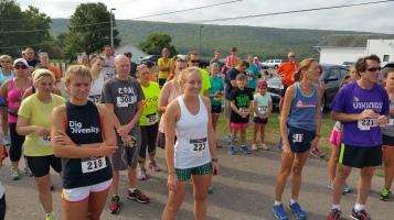 Run For The Ice Cream Charity Challenge 5K, Heisler's, 9-5-2015 (114)