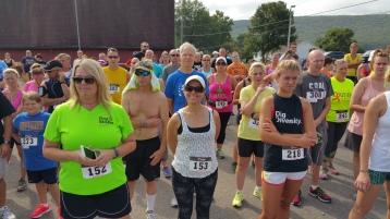 Run For The Ice Cream Charity Challenge 5K, Heisler's, 9-5-2015 (115)