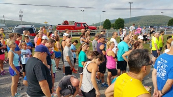 Run For The Ice Cream Charity Challenge 5K, Heisler's, 9-5-2015 (134)