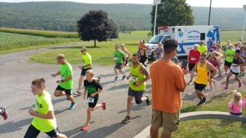 Run For The Ice Cream Charity Challenge 5K, Heisler's, 9-5-2015 (152)