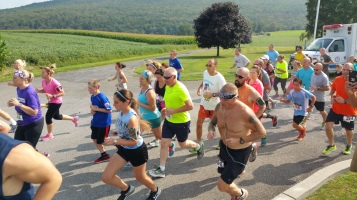 Run For The Ice Cream Charity Challenge 5K, Heisler's, 9-5-2015 (157)