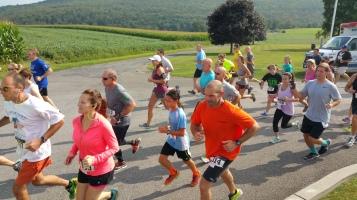 Run For The Ice Cream Charity Challenge 5K, Heisler's, 9-5-2015 (159)