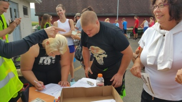 Run For The Ice Cream Charity Challenge 5K, Heisler's, 9-5-2015 (32)