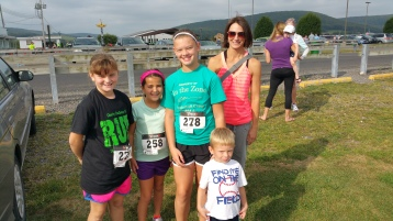 Run For The Ice Cream Charity Challenge 5K, Heisler's, 9-5-2015 (40)