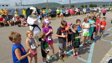 Run For The Ice Cream Charity Challenge 5K, Heisler's, 9-5-2015 (410)