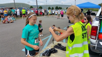 Run For The Ice Cream Charity Challenge 5K, Heisler's, 9-5-2015 (460)