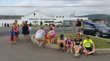 Run For The Ice Cream Charity Challenge 5K, Heisler's, 9-5-2015 (6)