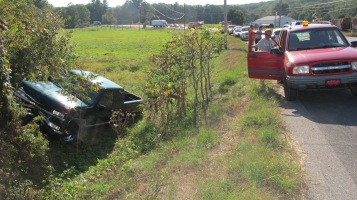 Two Vehicle Accident, Clamtown Road, SR443, Clamtown, Walker Township, 9-17-2015 (16)