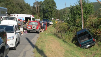 Two Vehicle Accident, Clamtown Road, SR443, Clamtown, Walker Township, 9-17-2015 (4)