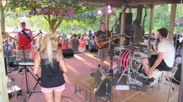 Zoostock 2015, Sports Zoo, Lansford, 9-7-2015 (62)
