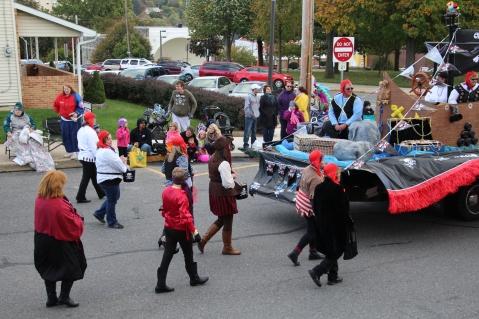 45th Annual Halloween Parade, Lehighton, 10-17-2015 (142)