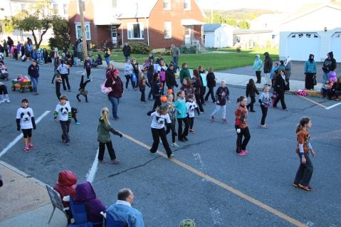 45th Annual Halloween Parade, Lehighton, 10-17-2015 (356)
