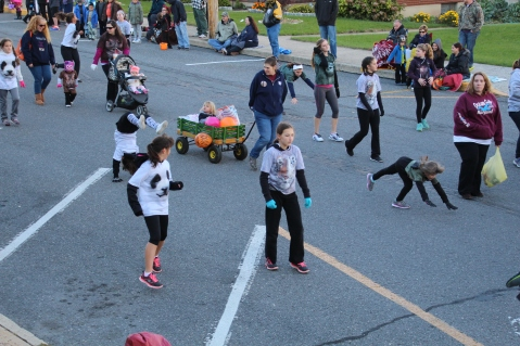 45th Annual Halloween Parade, Lehighton, 10-17-2015 (364)