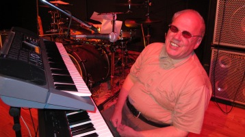 Bee's Knees Back to the 60's Rock Show, Tamaqua Community Arts Center, Tamaqua, 9-19-2015 (19)