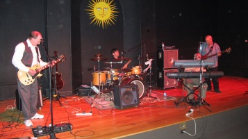 Bee's Knees Back to the 60's Rock Show, Tamaqua Community Arts Center, Tamaqua, 9-19-2015 (2)