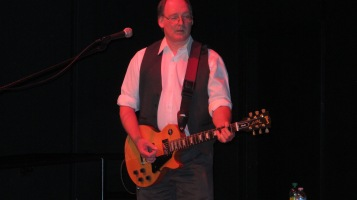 Bee's Knees Back to the 60's Rock Show, Tamaqua Community Arts Center, Tamaqua, 9-19-2015 (32)