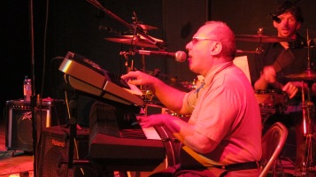 Bee's Knees Back to the 60's Rock Show, Tamaqua Community Arts Center, Tamaqua, 9-19-2015 (41)