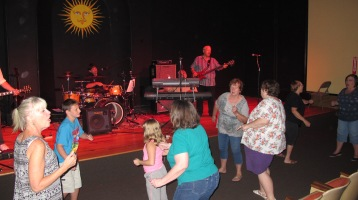 Bee's Knees Back to the 60's Rock Show, Tamaqua Community Arts Center, Tamaqua, 9-19-2015 (55)
