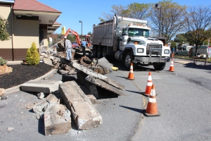 Drive Thru Construction, McDonalds, Hometown, 10-19-2015 (4)