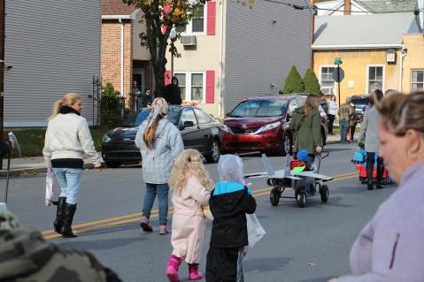 New Philadelphia Halloween Parade, New Philadelphia, 10-18-2015 (130)
