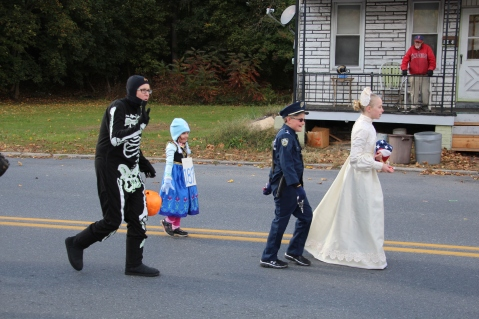 New Philadelphia Halloween Parade, New Philadelphia, 10-18-2015 (75)