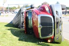 Overturned Tractor Trailer, SR54, Hometown, 10-19-2015 (13)